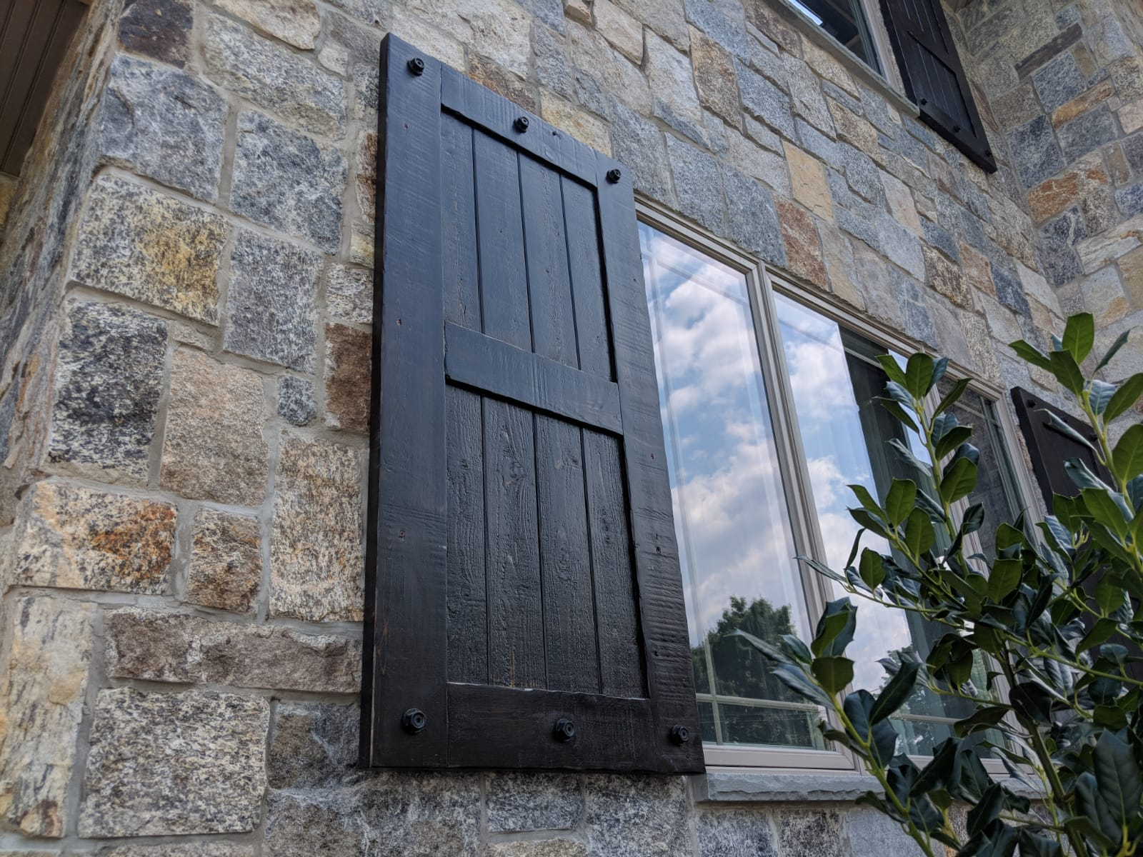 Custom cedar shutters NJ NY CT PA LI