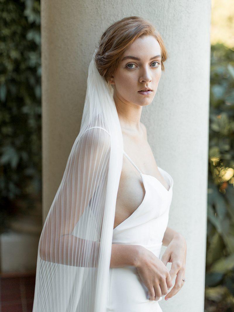 ivory-accordian-pleated-bridal-veil-2.jpg