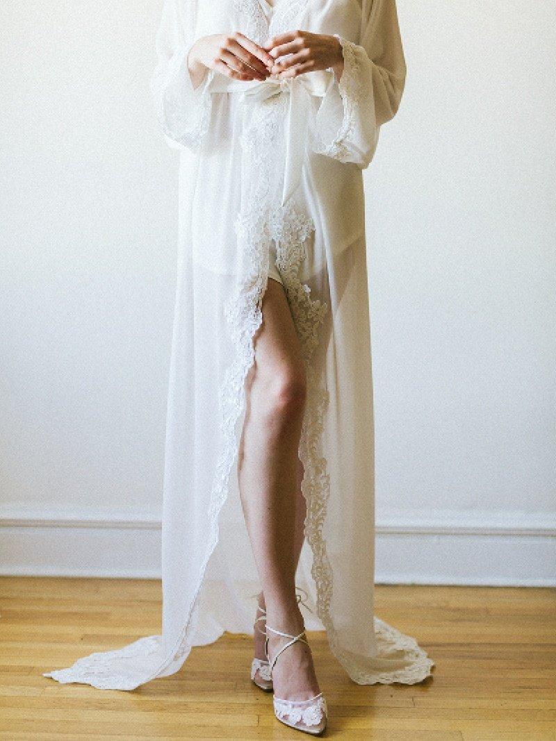 ivory-lace-trim-chiffon-silk-bridal-robe-5.jpg