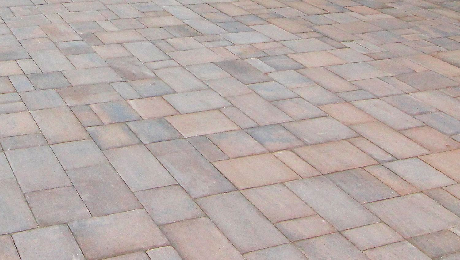 One of the many beautiful pavers we offer.
