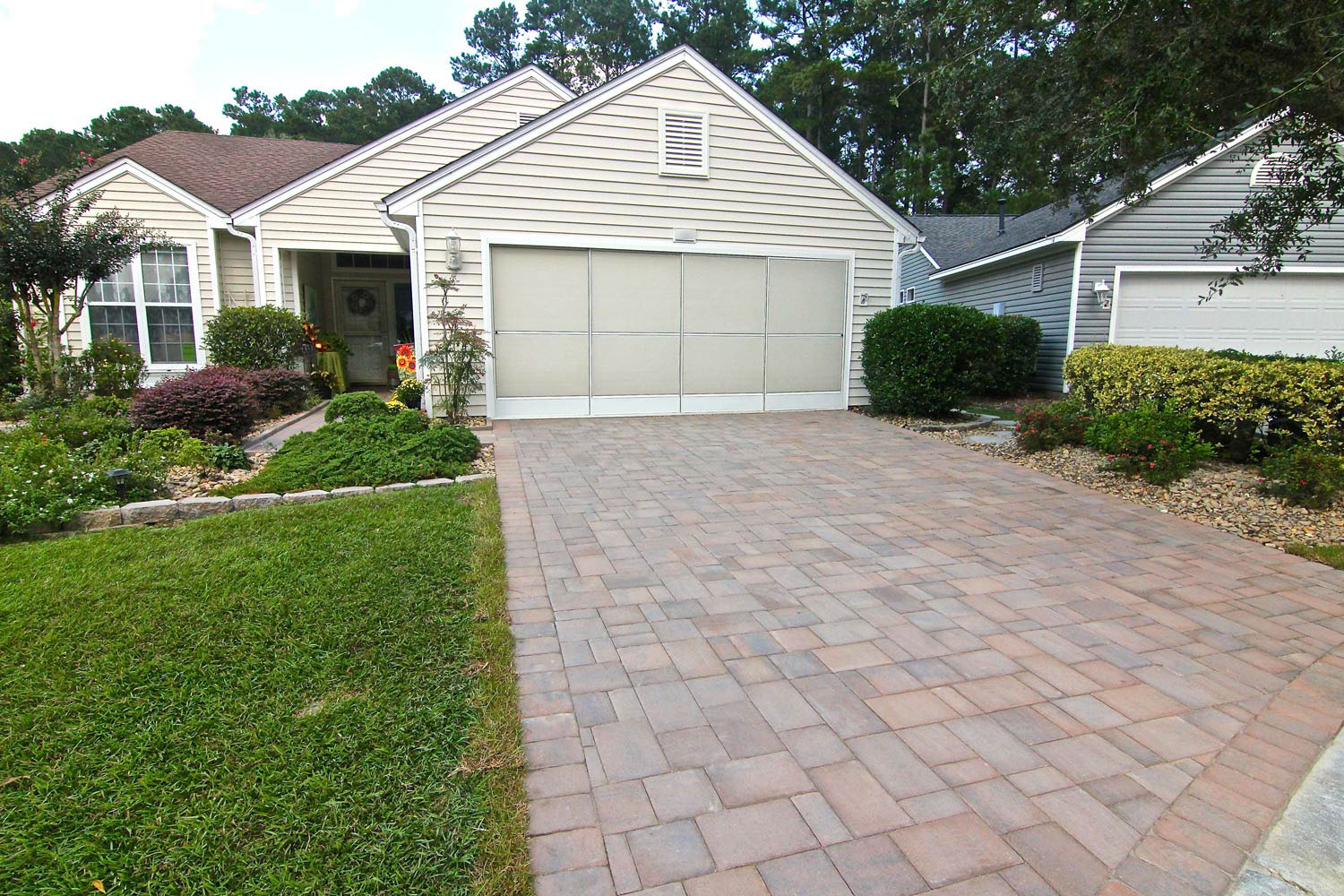 How Much Does It Cost To Install A Brick Paver Driveway