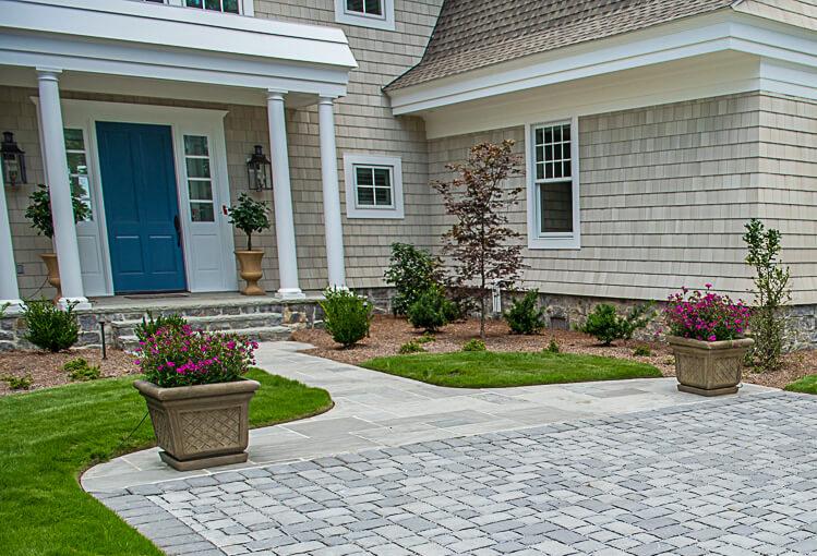 Bluestone Material Entryway Design