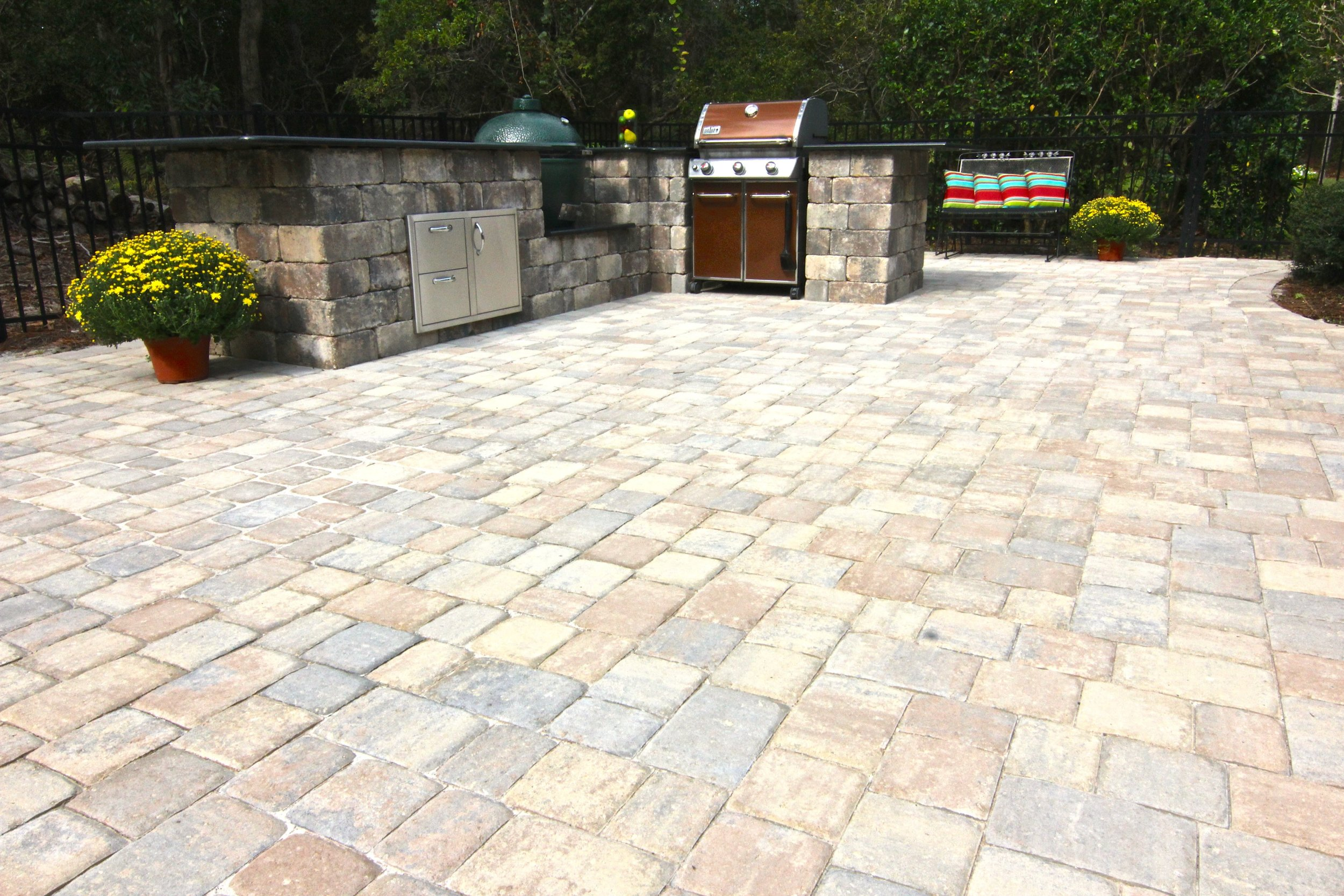Paver Patio and Outdoor Kitchen Design Beaufort, SC