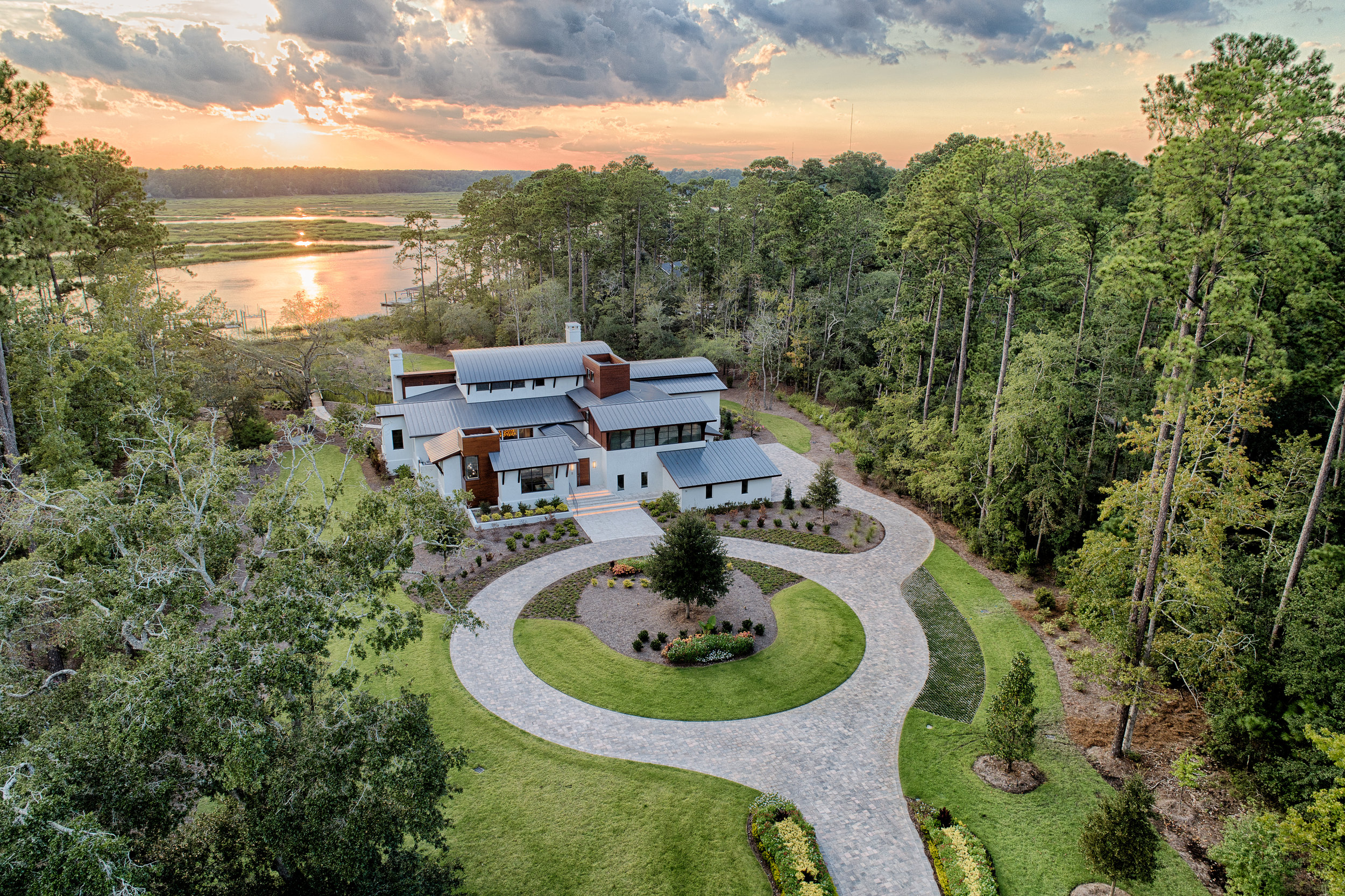 Berkeley Hall Plantation - Installed by: American Paving Design (2018)