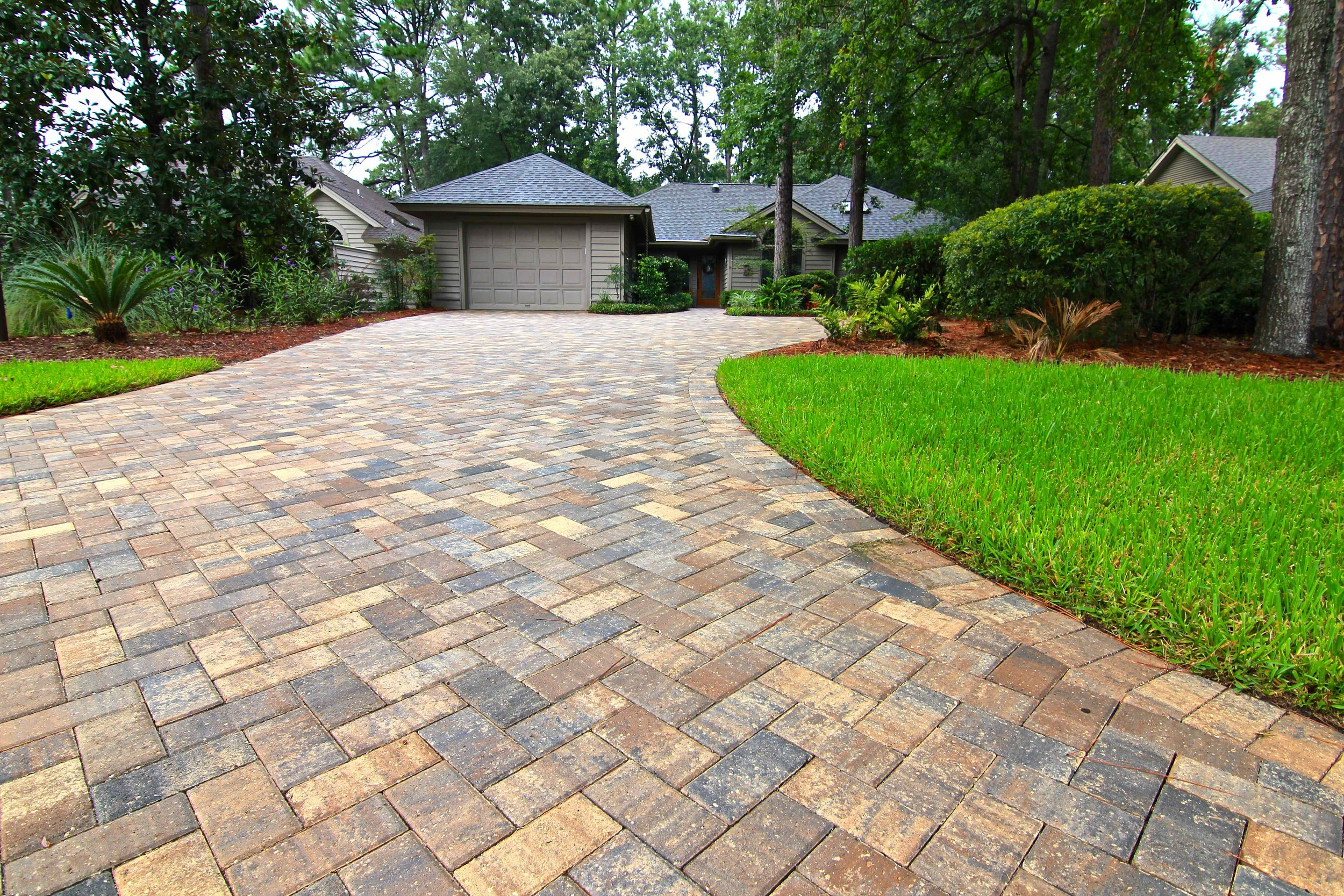 Benefits of Cleaning & sealing Your Pavers - Did You Just Install A New Hardscape Project And Now You Want To Keep It Looking Refreshed & Vibrant? Applying Sealing Can Help You Maintain That New Paver Color All Year Around!