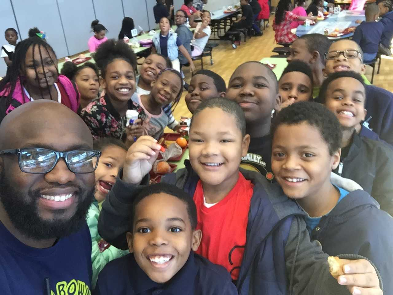 Students At Richard Bowling Elementary School Posing With Their Chief Instructional Leader