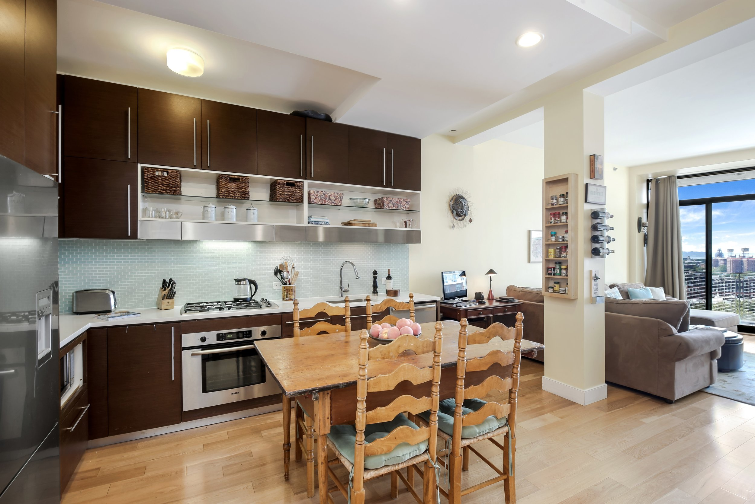 3_96RockwellPlace_10A_5_Kitchen_HiRes.jpg