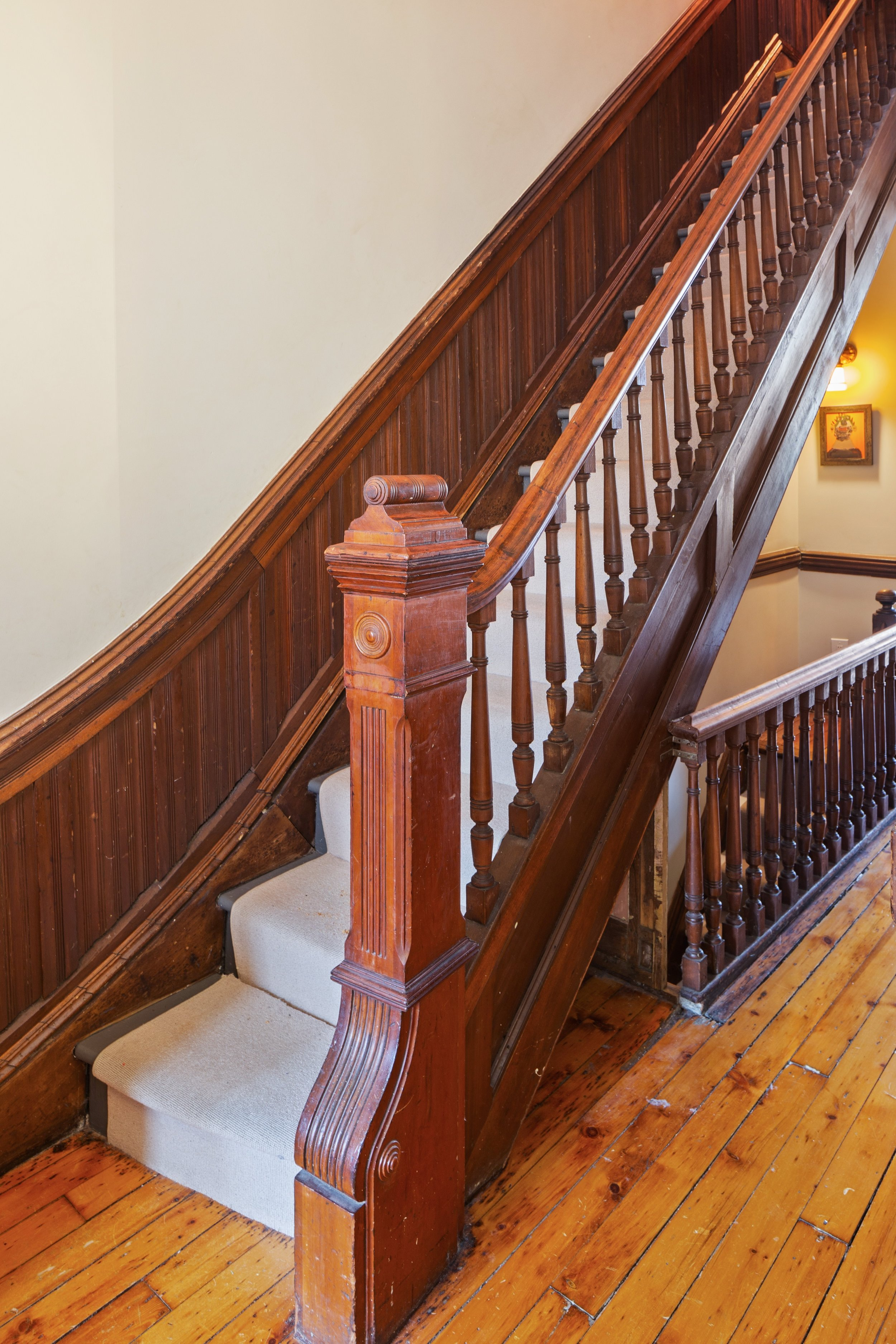 08_151WilloughbyAve_68_Staircase_HiRes.jpg