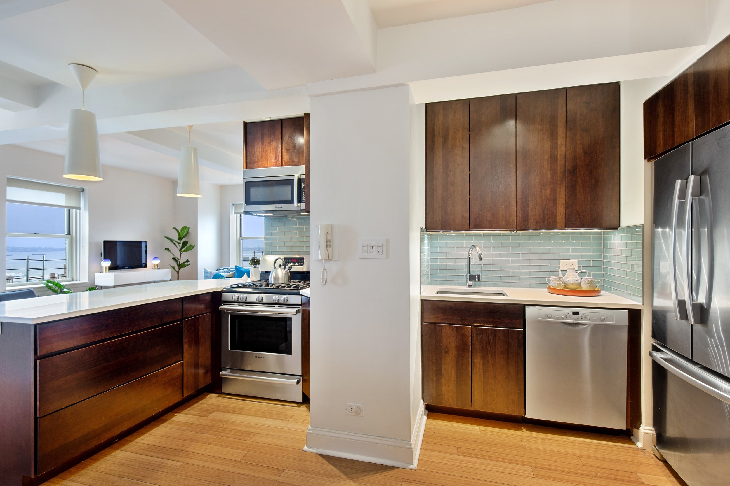 4_111HicksStreet_19B_177001_Kitchen_HiRes.jpg