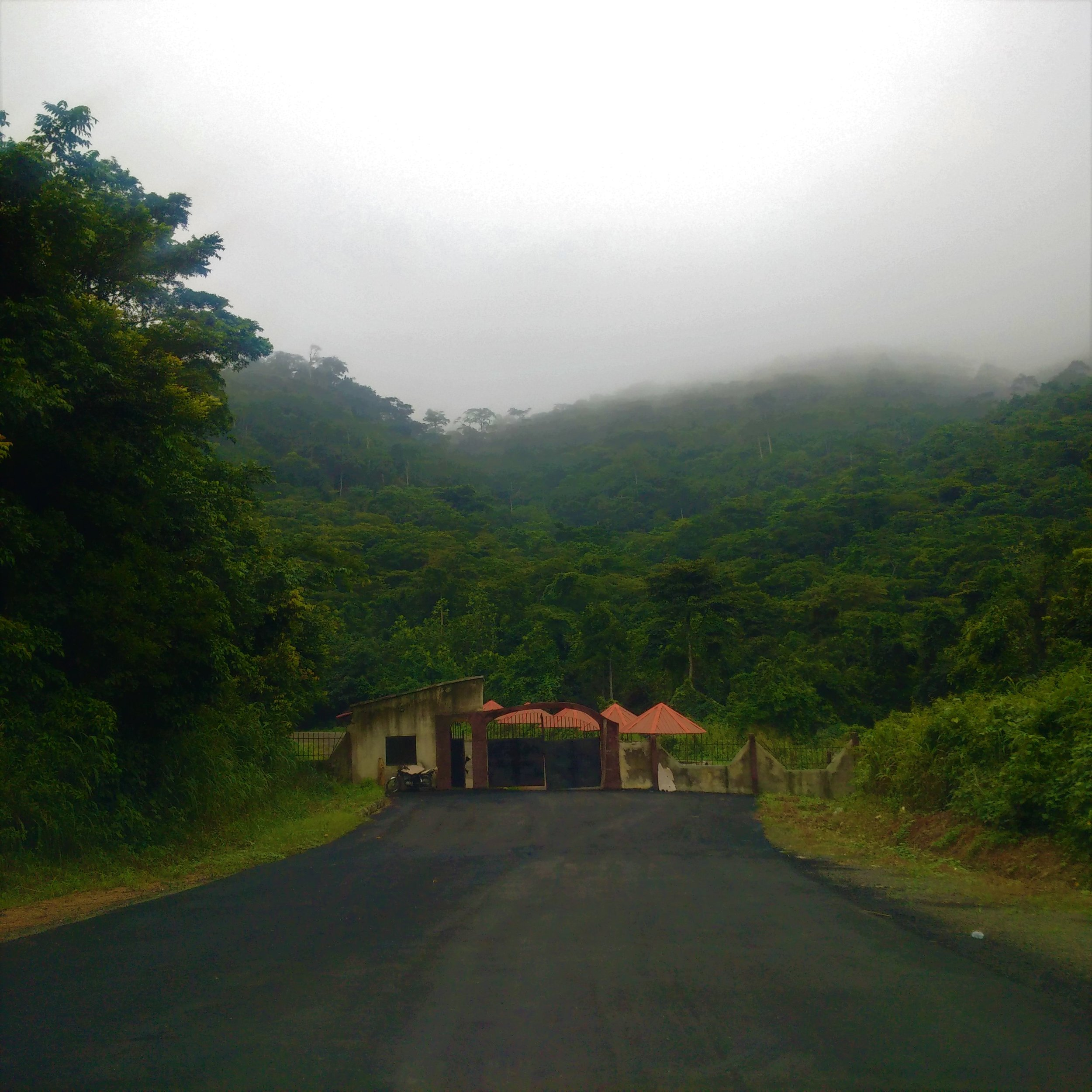 Gosh! Such scenery at Arinta Waterfalls. The entrance gate