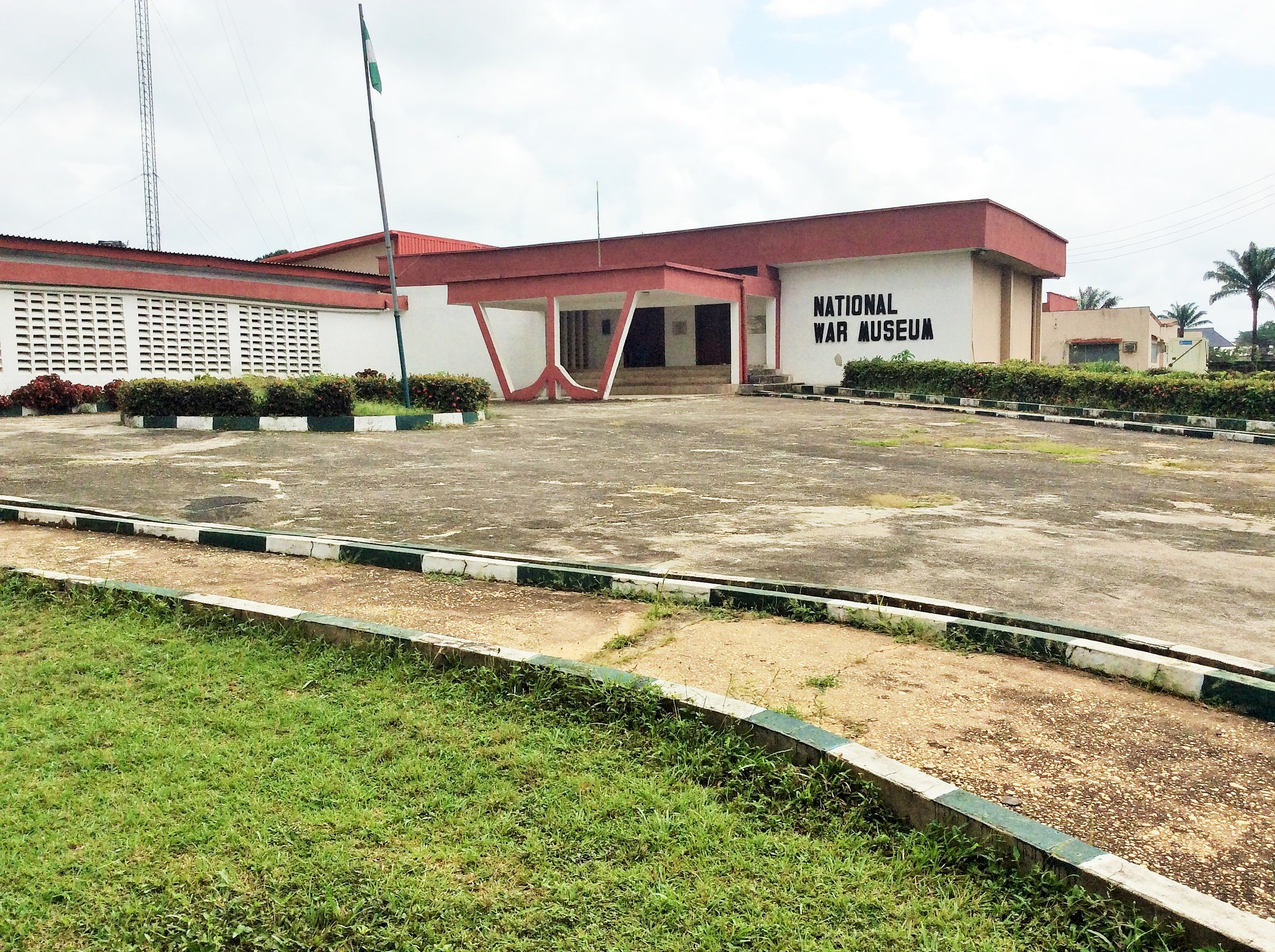 The museum was commissioned in 1985. It comprises of three galleries that cover traditional warfare, the armed forces and the Nigerian Civil War weapon galleries .