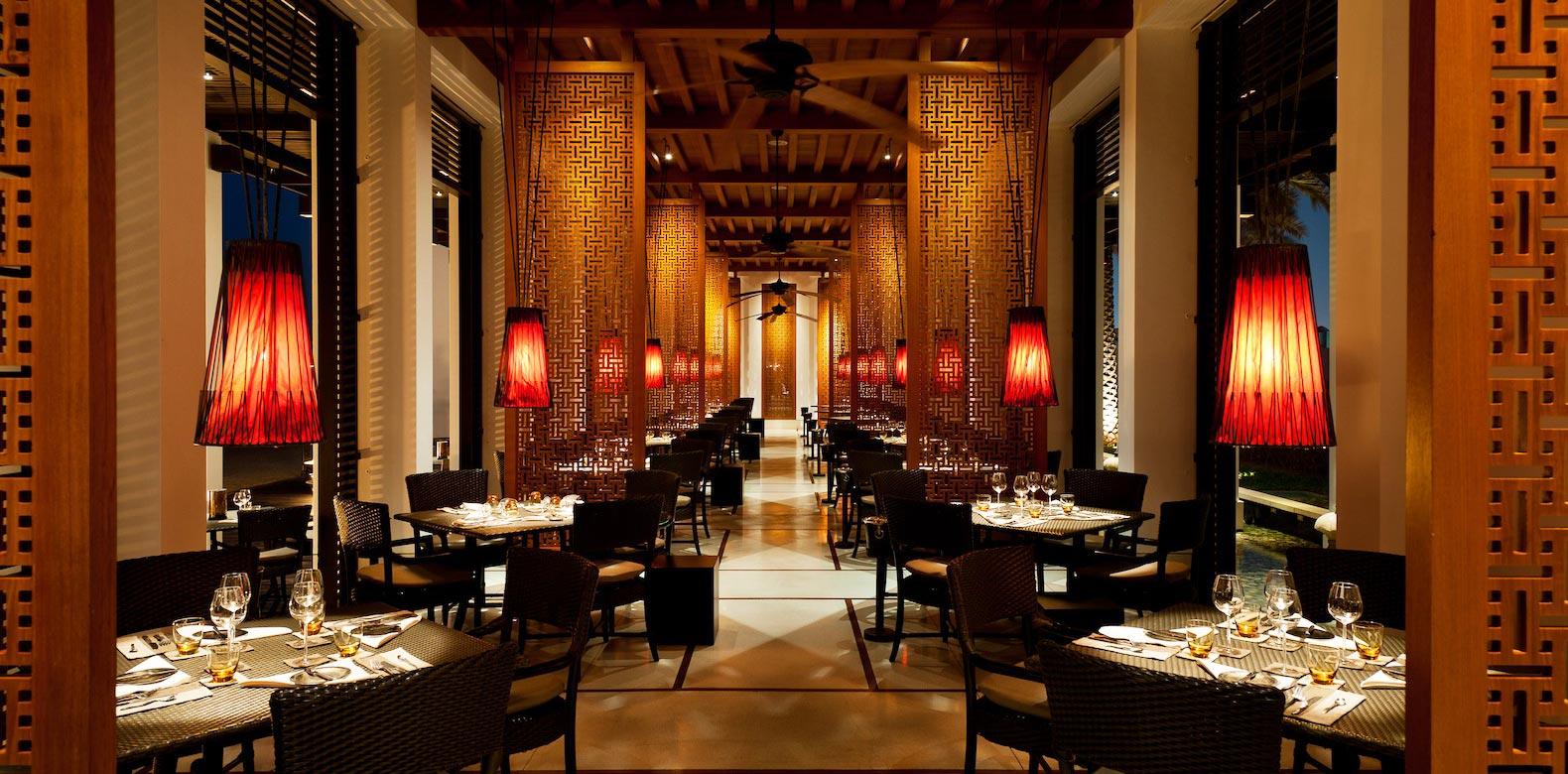 CMU-Dining-The-Beach-Restaurant-Interior.jpg