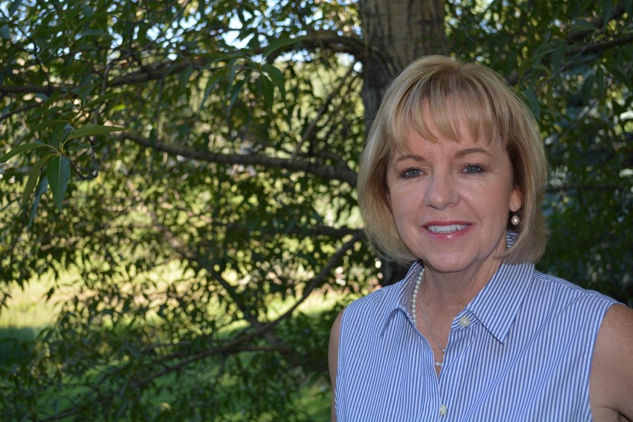 JoAnn Moore of JoAnn Moore Weddings.jpg