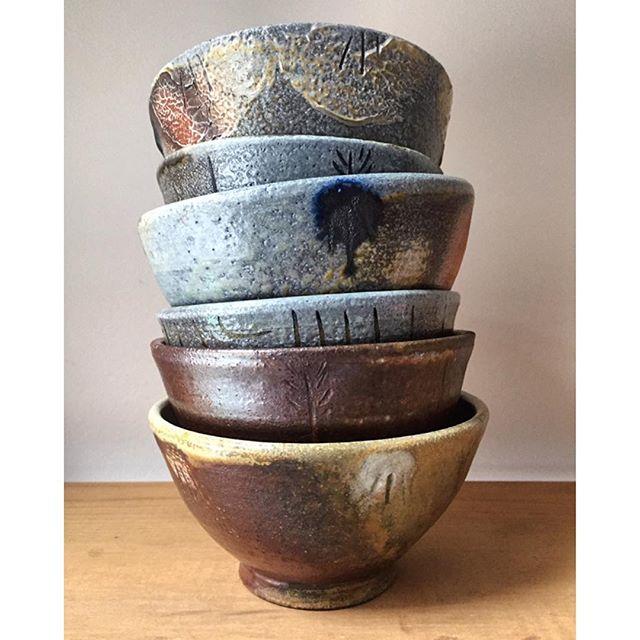 Made some bowls! They're going to their new home so so soon 💨 . . . #ceramics #pottery #potter #makeanddoceramics #keramik #clay #stoneware #woodfiredceramics #woodfiredpottery #womenwhowoodfire #bowls #stacked #toronto #sakaibar #handmade #hamont