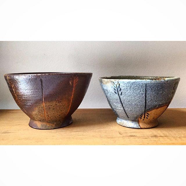 Sisters 👯♀️ . . . #ceramics #pottery #potter #clay #stoneware #bowls #prairiebowls #keramik #canadianceramics #woodfiredceramics #woodfiredpottery #womenwhowoodfire #hamont