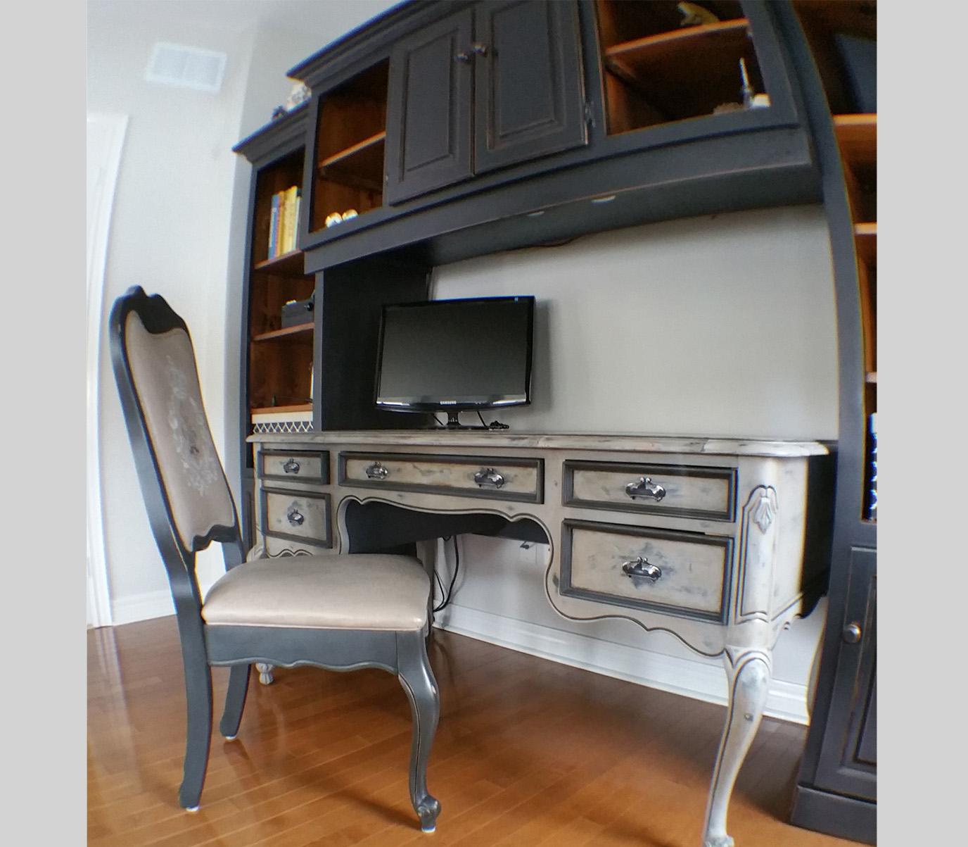 2 Desk.jpg