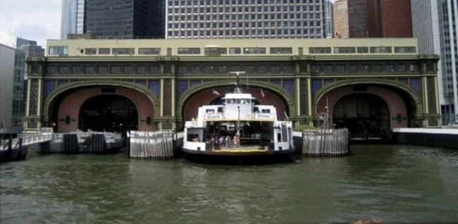 leaving-ferry-station_2.jpg
