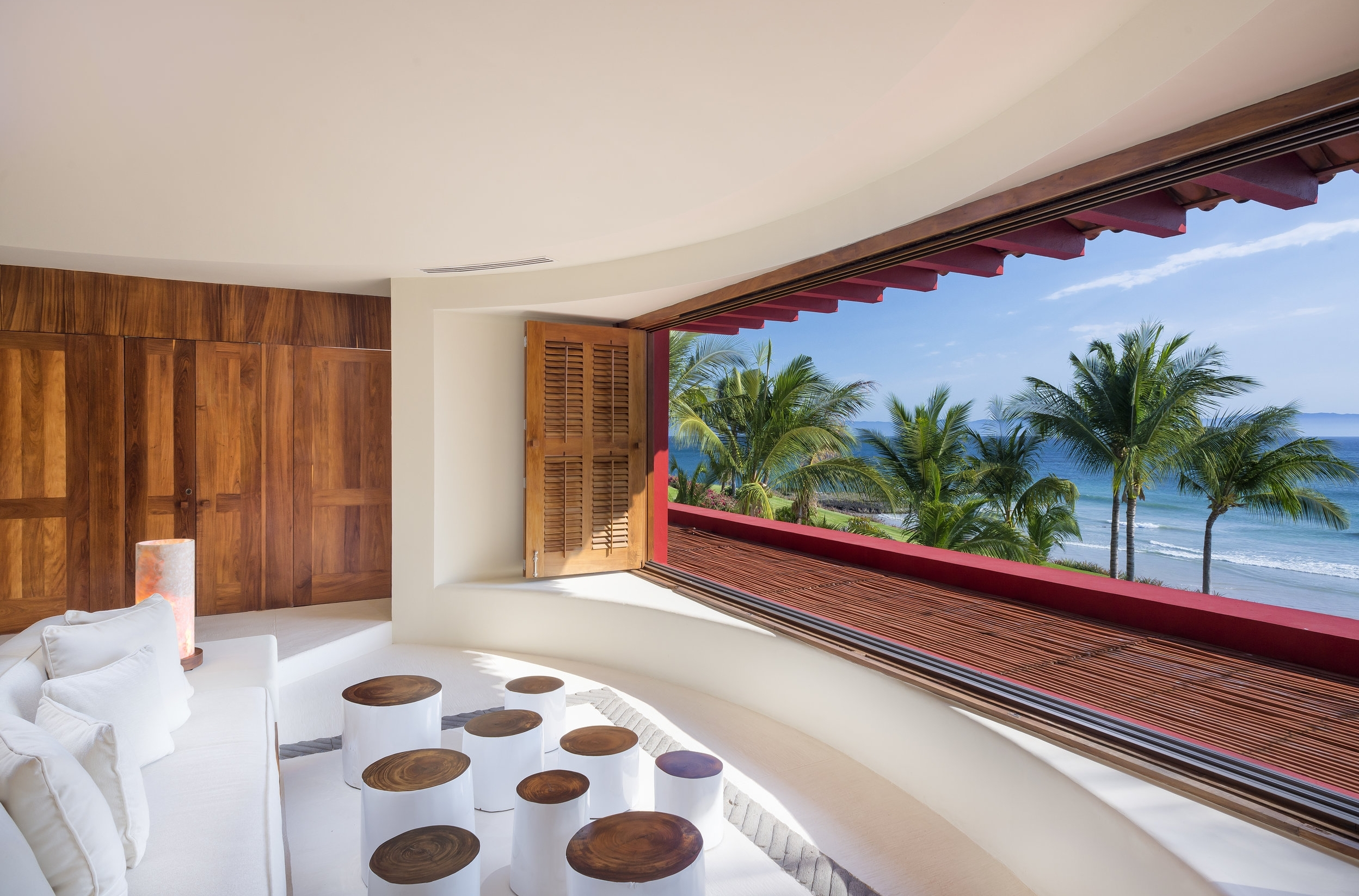 INTERIORThe interior design of The Villa has the highest grade furnishings and fabrics characterized by chic, relaxed décor, accentuated with bold, contrasting shades of Mexican colors. [more]  -