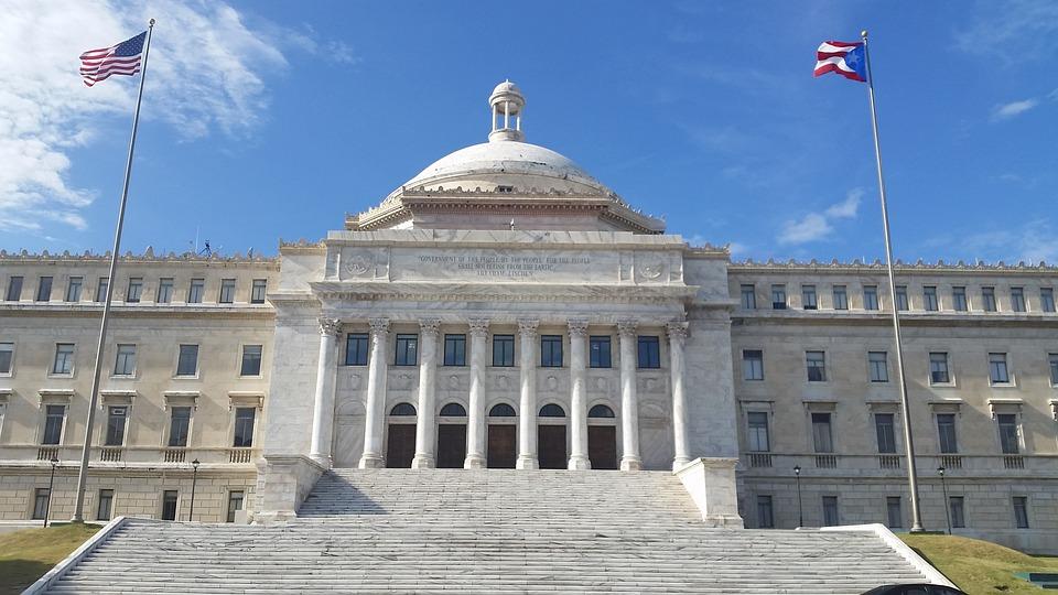 The Capitol of Puerto Rico in Puerta de Tierra, San Juan. Photo courtesy of Pixabay.