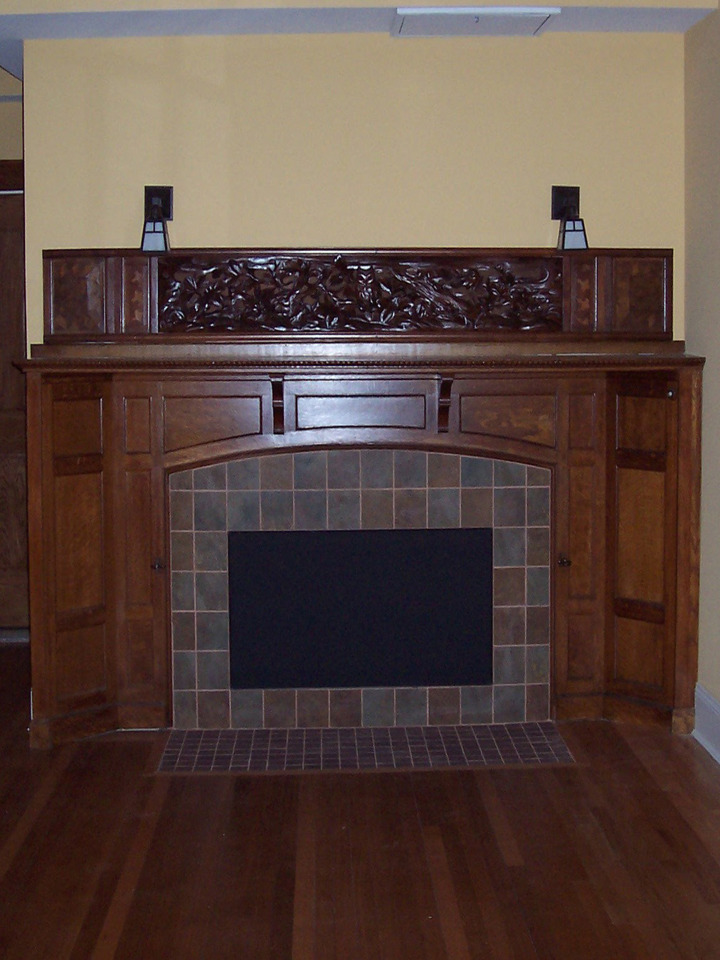 Fireplace center int pic.jpg