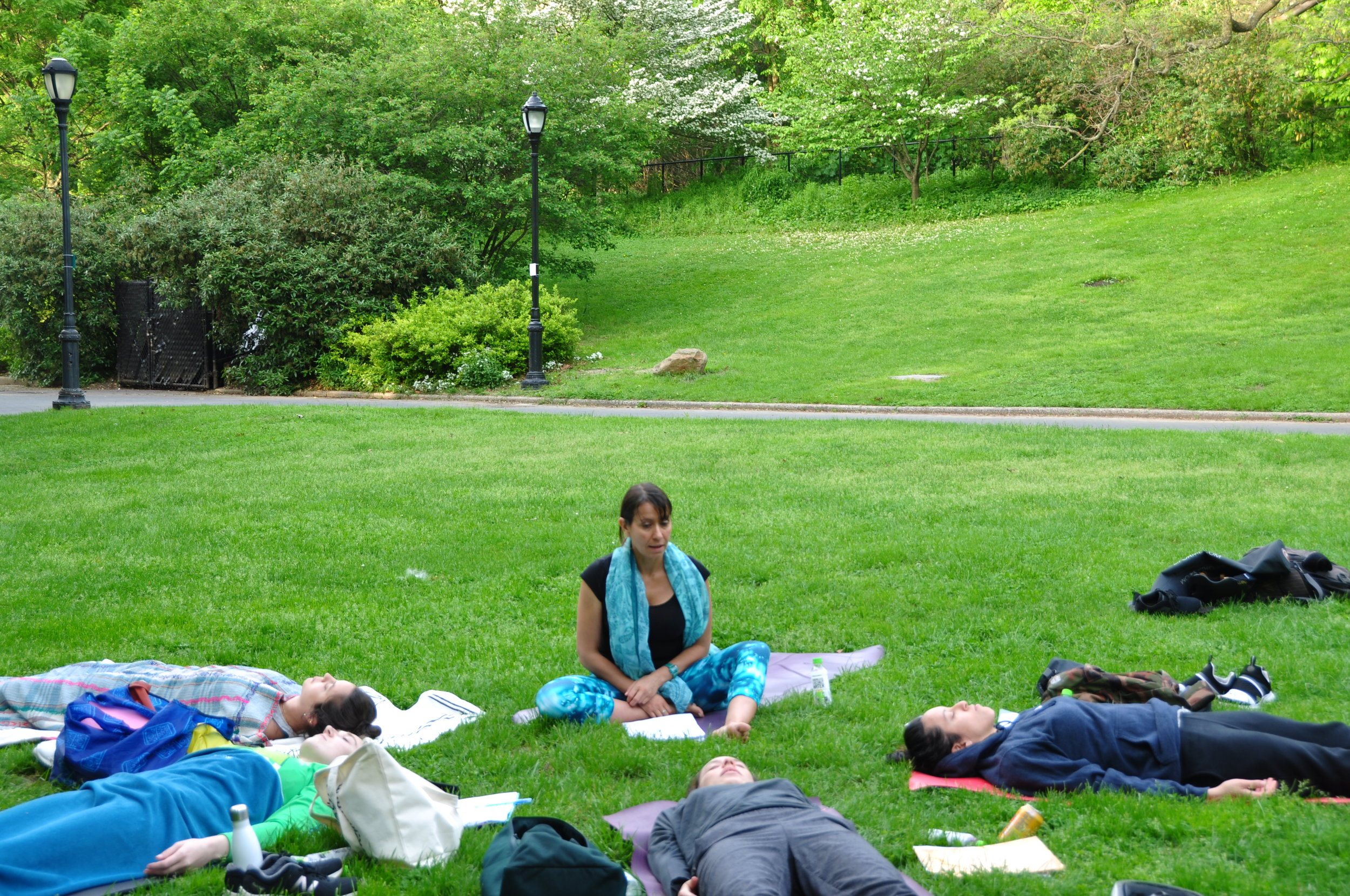 Small group coaching session in Prospect Park with Dominique Mas