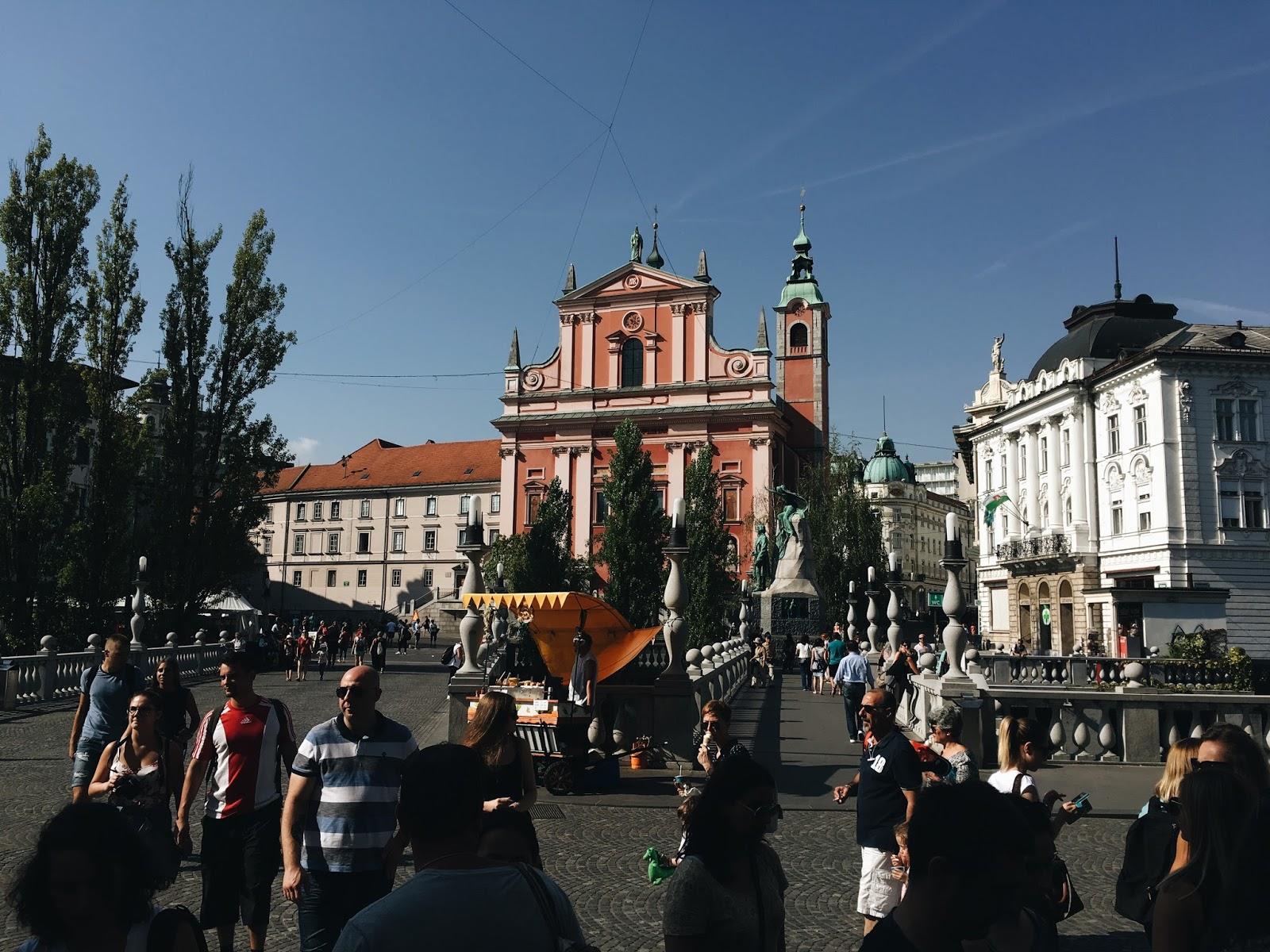expensive-reality-luka-lajic-smart-travel-ljubljana-slovenia+%25288%2529[1].JPG