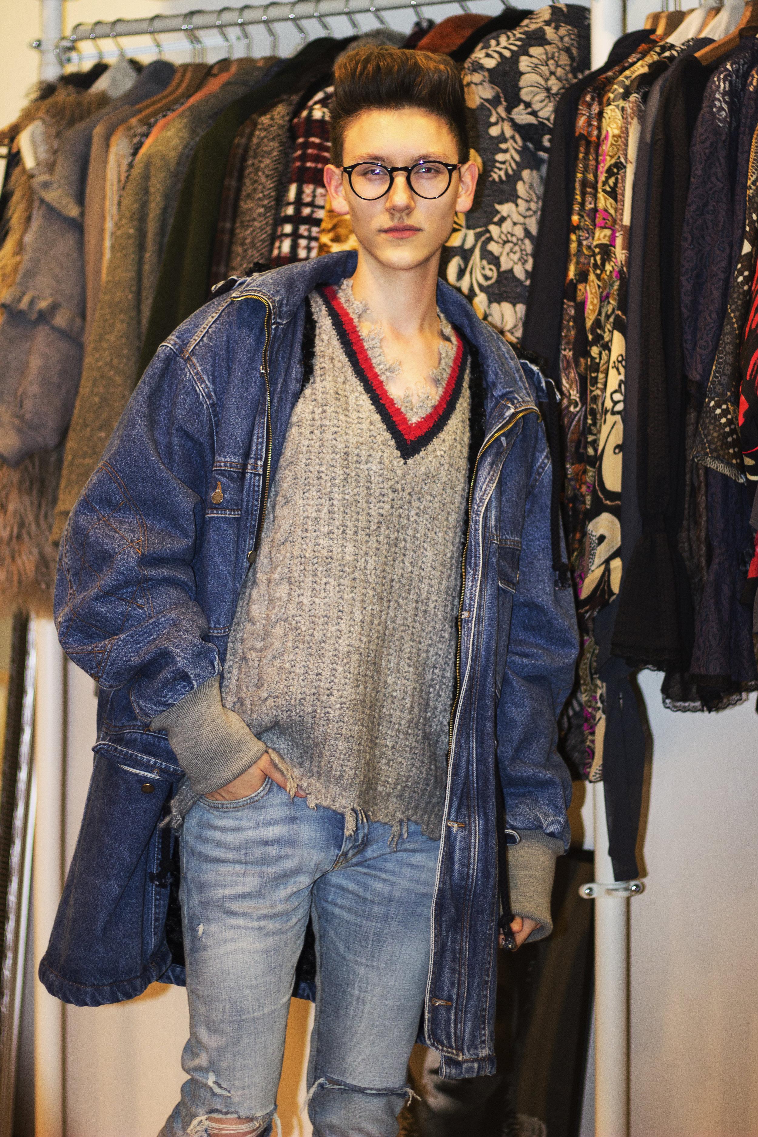 robert-sever-kristina-showroom-croatian-designer-expensive-reality-bipa-fashion-hr (2).jpg