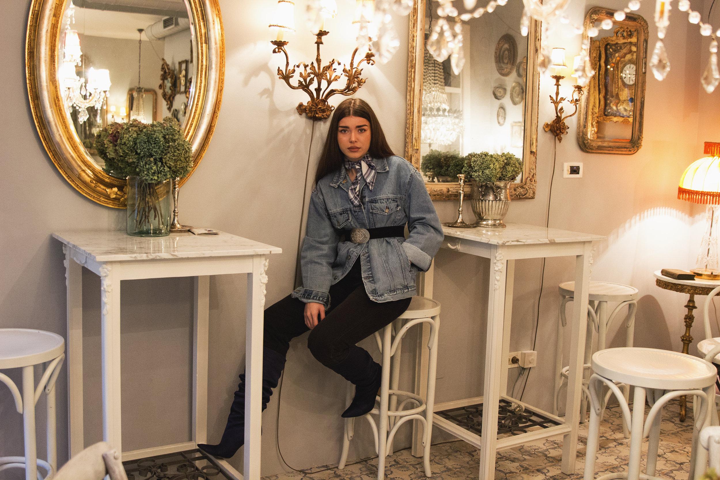 fashion-editorial-robert-sever-caffe-bar-finjak-expensive-reality-fashion-photography (4).jpg