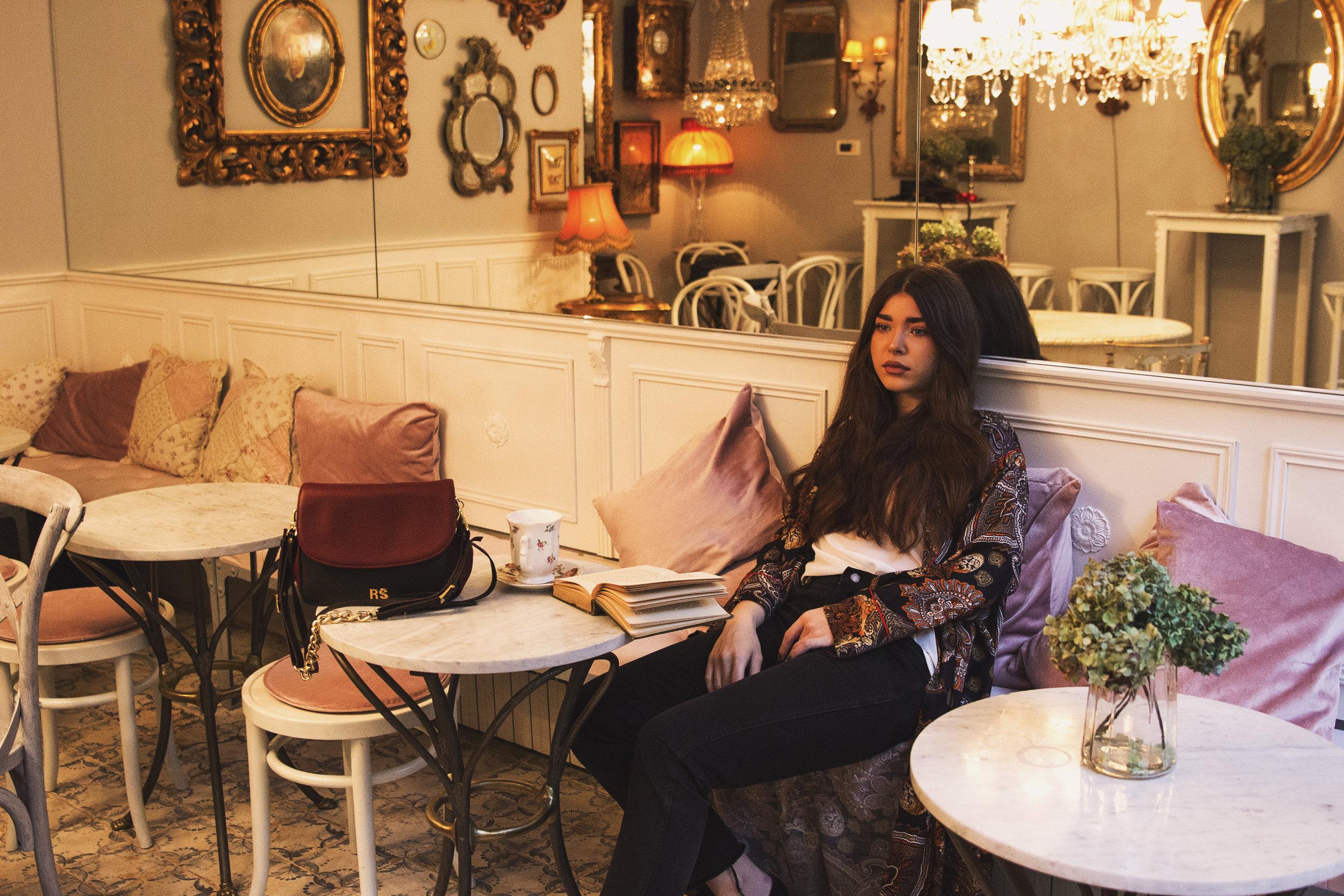 fashion-editorial-robert-sever-caffe-bar-finjak-expensive-reality-fashion-photography (2).jpg