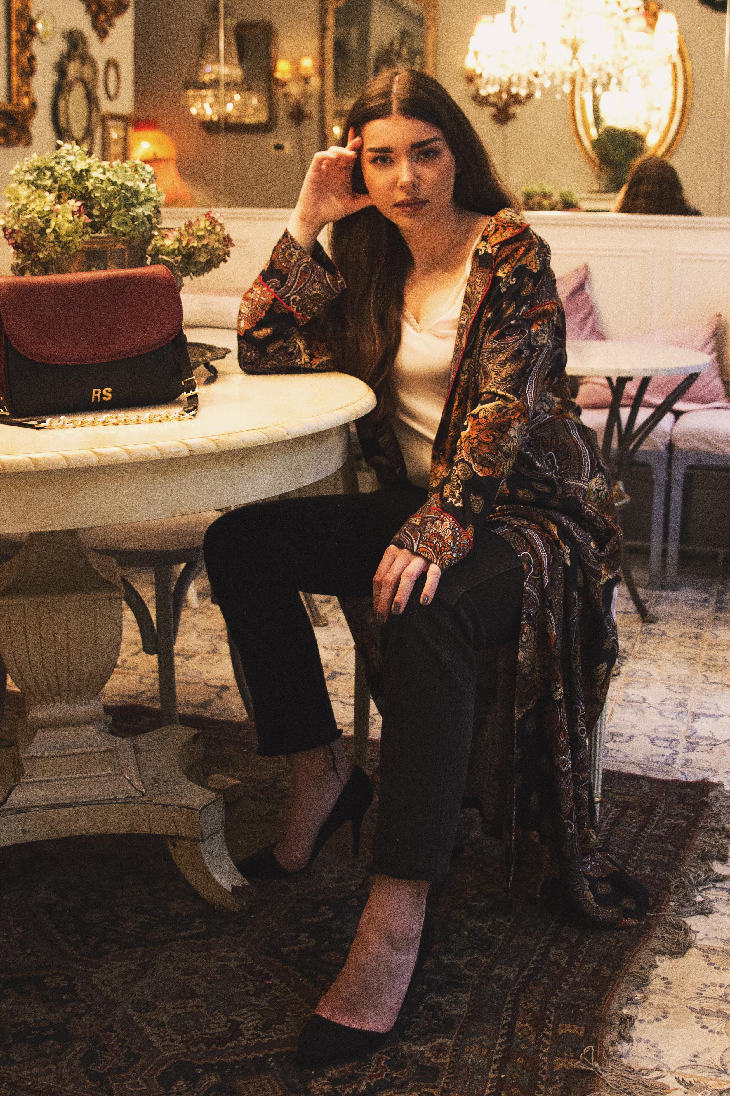 fashion-editorial-robert-sever-caffe-bar-finjak-expensive-reality-fashion-photography (10).jpg