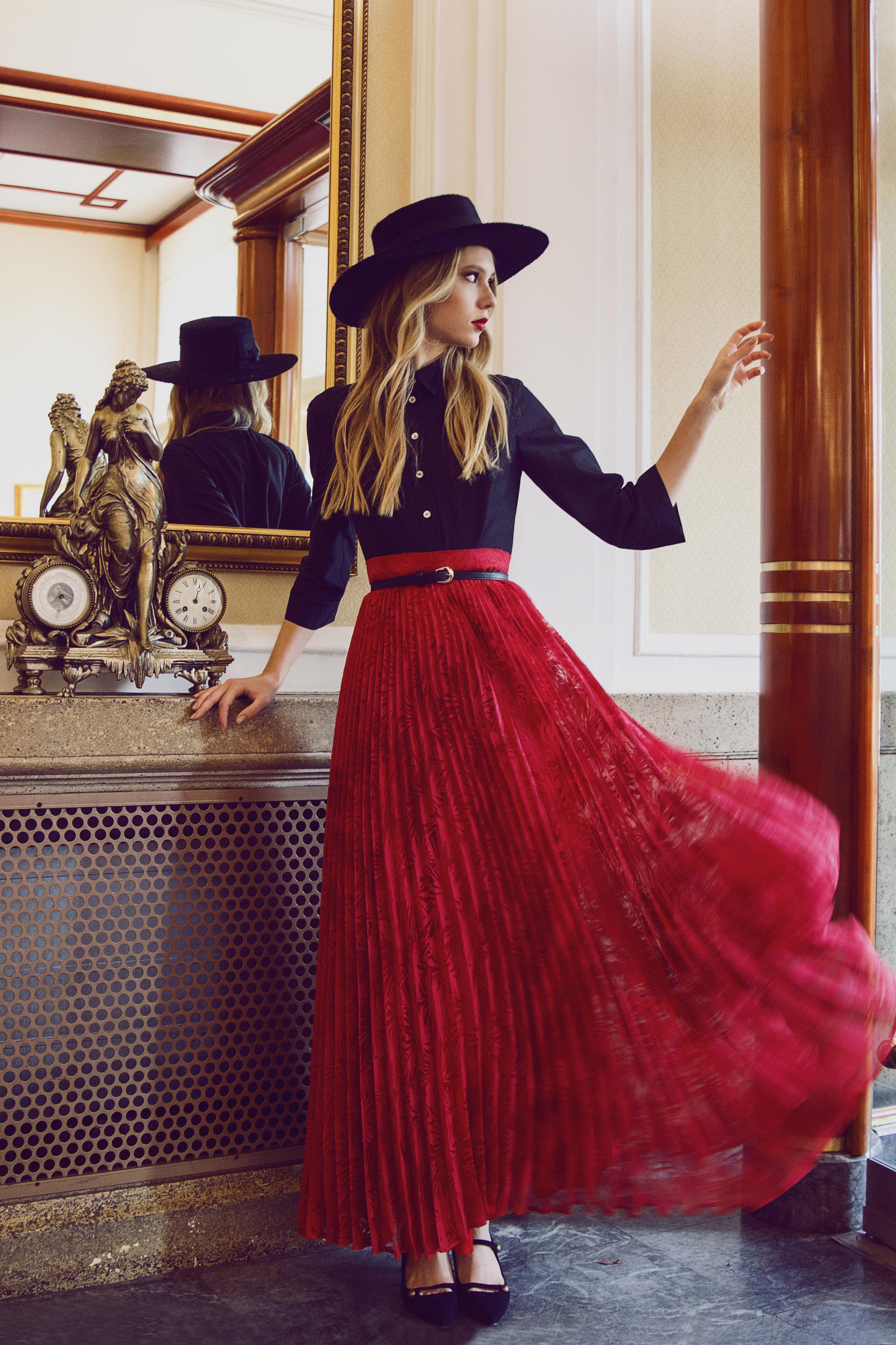 luka-lajic-fashion-photography-joliehr-hotel-palace-anamaria-ricov-robert-sever-loreta-gudelj-shoebox-talia-models (4).jpg