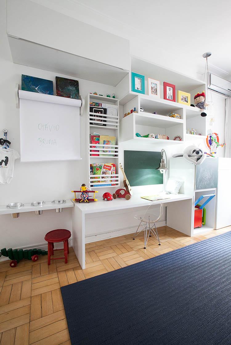 JulianaFabrizzi_quarto-infantil-higienopolis-estante.jpg