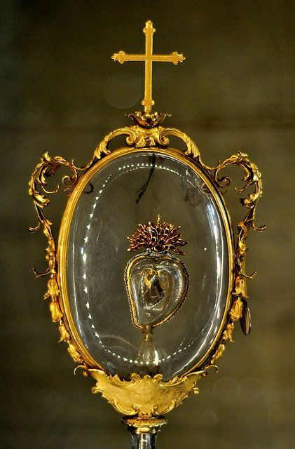 Relic of St_ Francis, Late 17th century, in the Crypt of the Medici Chapels and Church of San Lorenzo, Florence, Italy.jpeg