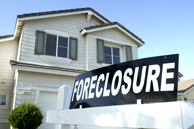 Real Estate & Foreclosures   -starting at $200