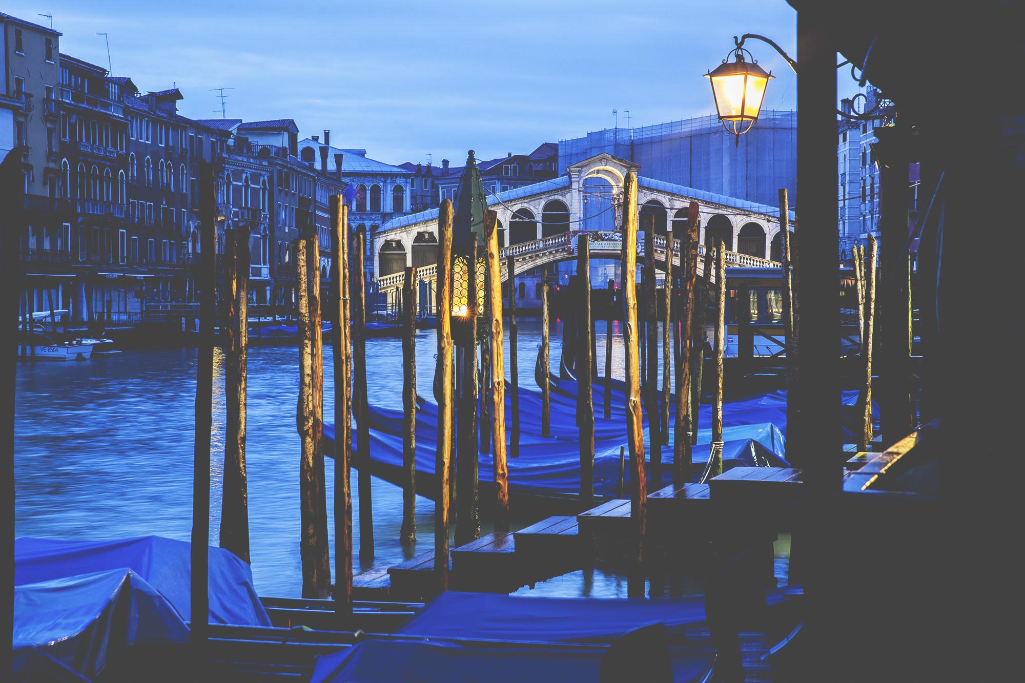 Rialto_Bridge-Venice-Veneto-Italy-Europe-20140301-0040.jpg