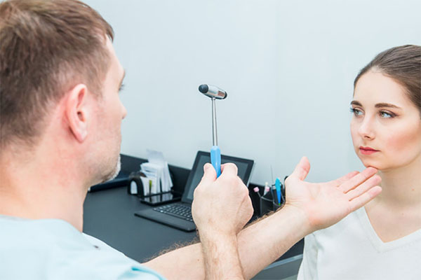 Neurology - What to expect when seeing a neurologist. Best neurology specialities for concussion patients.