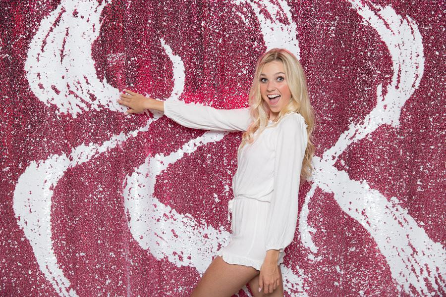 Pink-White-Sequin-Backdrop-38_2048x2048-min.JPG