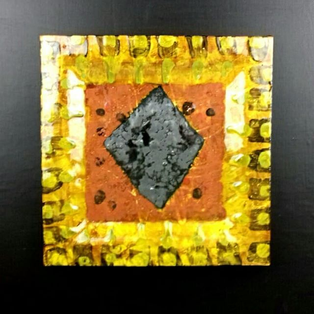 Slipware plate / shallow dish with central diamond motif by Mike Cain. Roughly 27 cm x 27 cm x 5 cm. Likely to be on show at our next exhibition as part of SCAR:From the Rich Earth at Valentines Clays in Stoke on Trent. It opens on October 3rd. #slipwarepottery #pottery #abstract #scargroupstoke #artceramics #scargroup #penkhullartists #slabware #slabpottery #contemporaryart #platters #platter