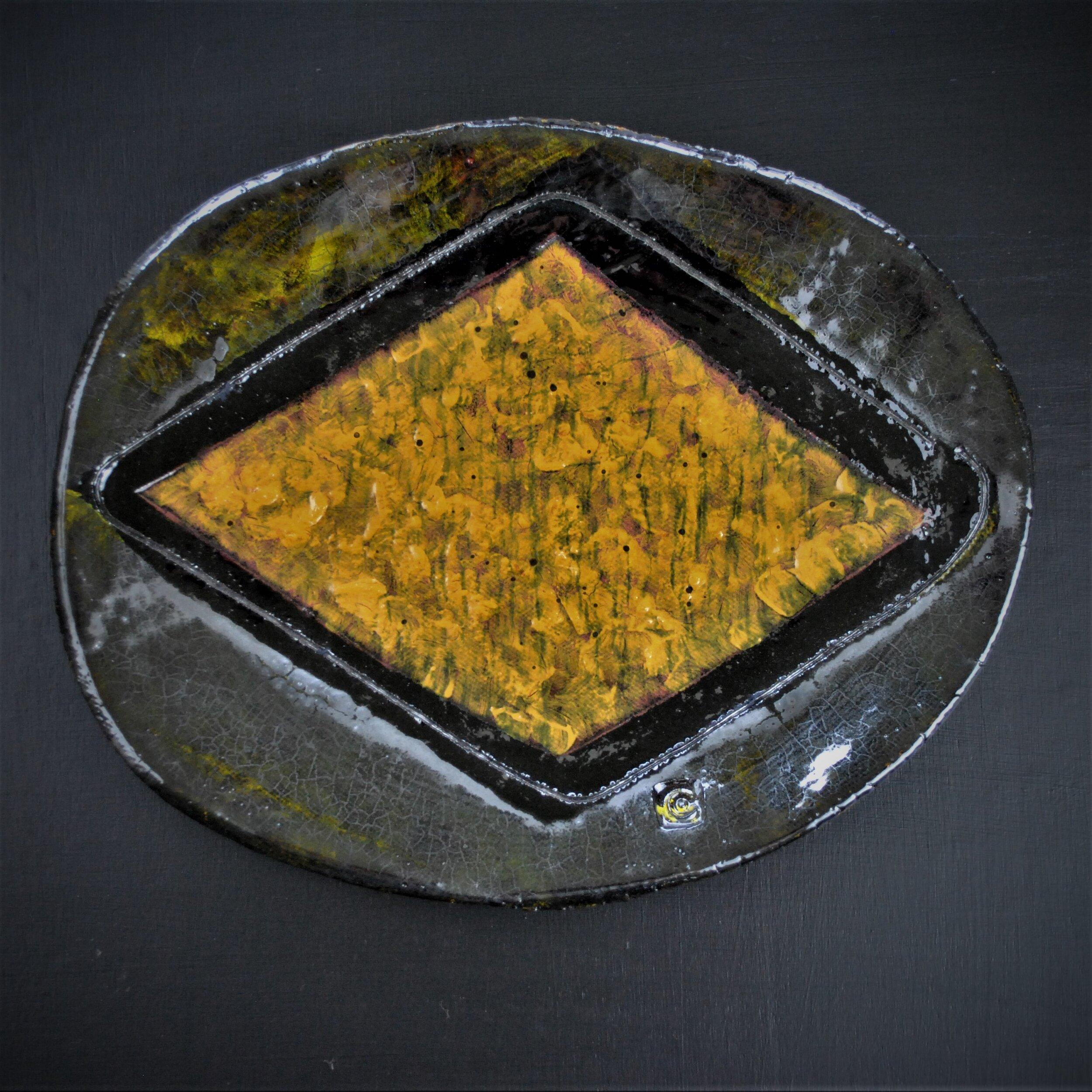 Mike Cain  2019 Large yellow diamond (Square edit) jDSC_6220 (2).JPG