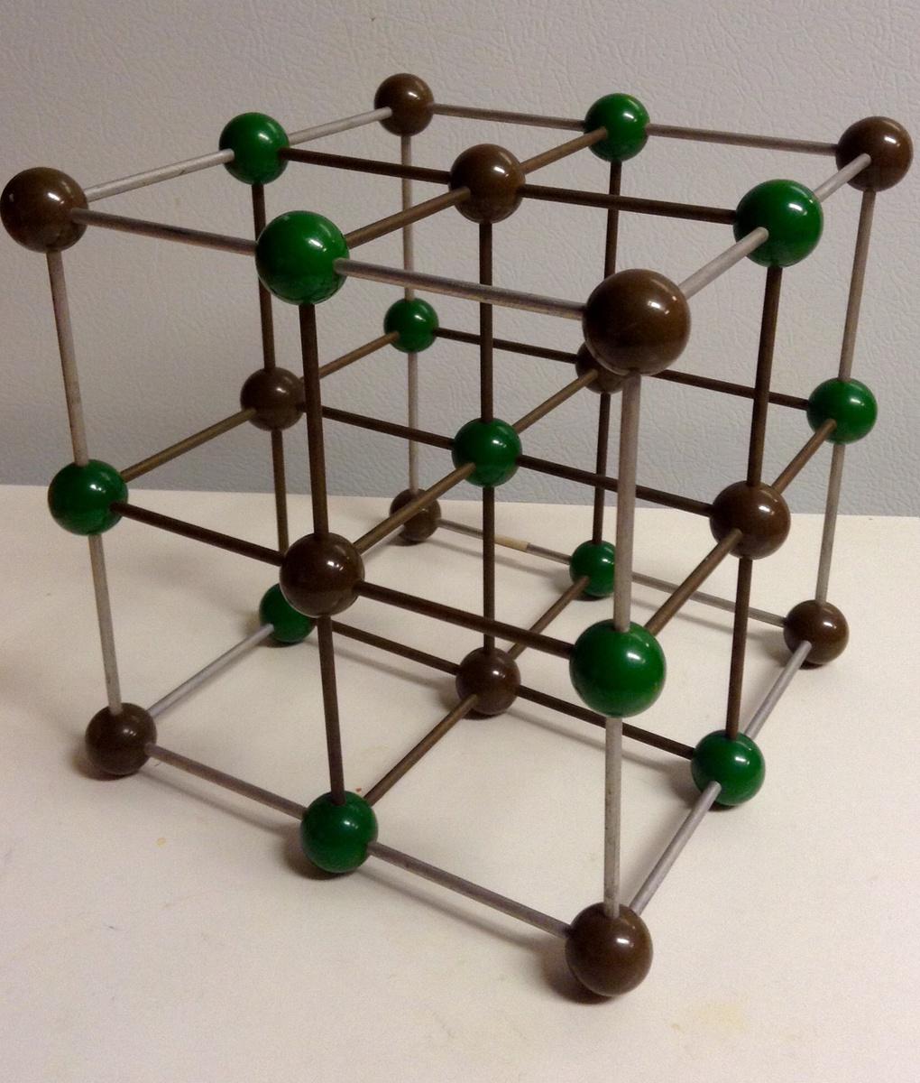 Sodium Chloride (Metaloglass)