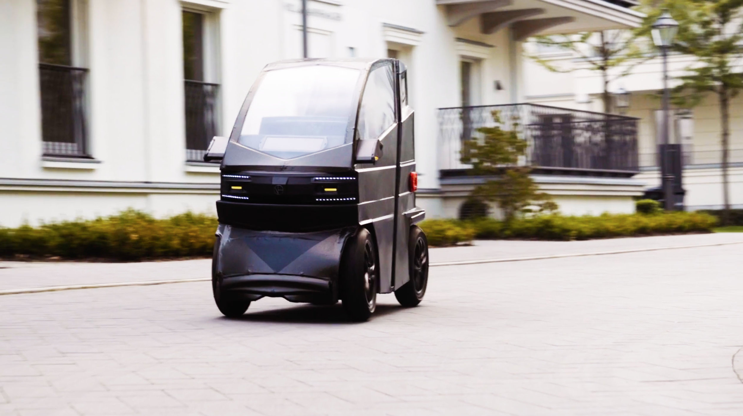The Future is Here  - - Unbelievable 78 cm width - Carries 1-2 individuals - 6-7 times smaller than a car- Powerful uphill and aerodynamic efficiency.