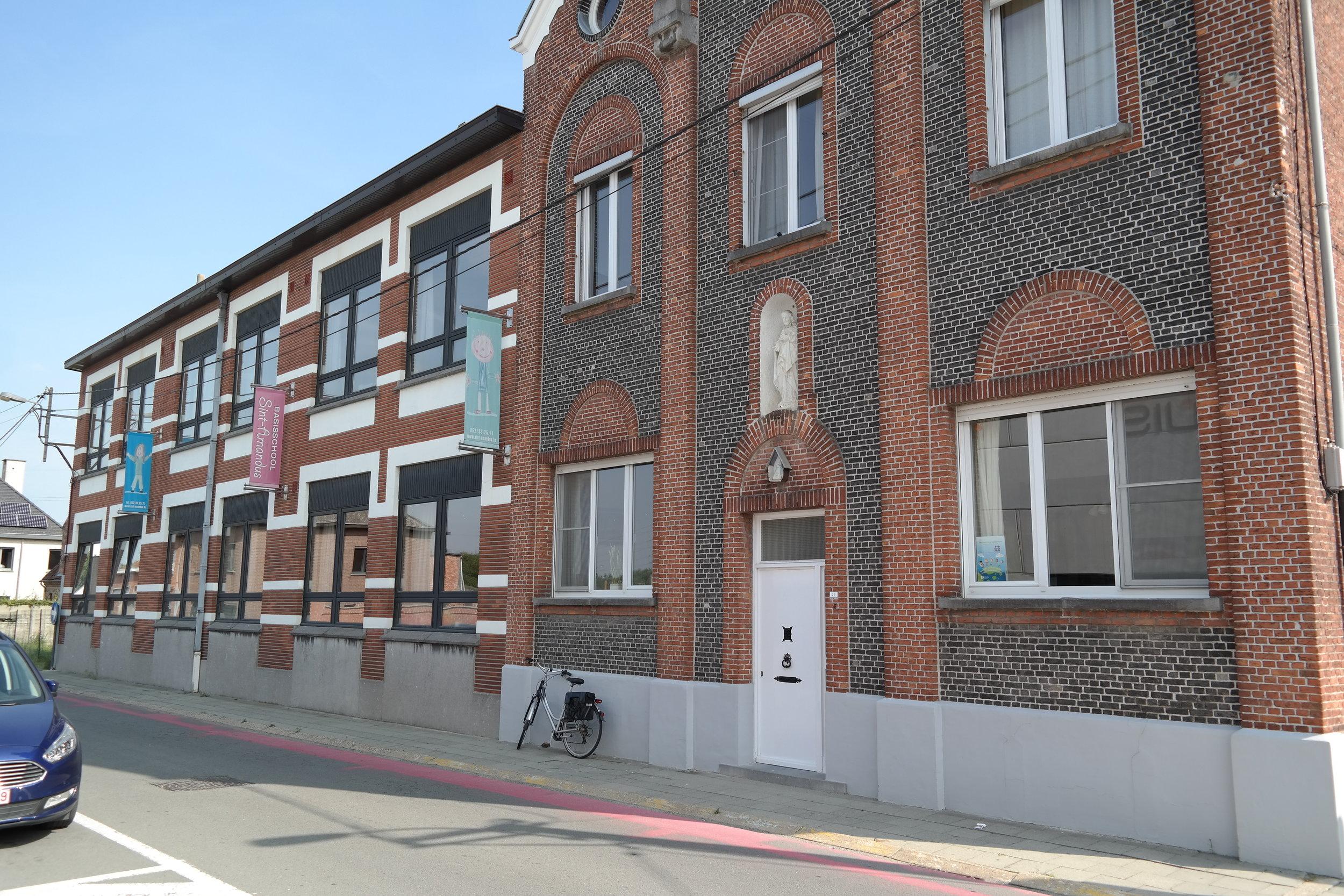 """""""officiële ingang""""  Kloosterstraat 21"""