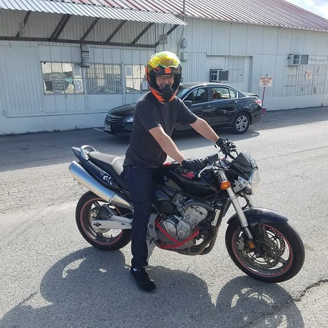 """Blake on his 599 that he got from us a year ago! He's been changing it up and making it easy to recognize - """"That's Blake's bike."""" #cb599 #honda #hondahornet #custombike #nakedbike #satisfiedcustomer #smtx #texas"""