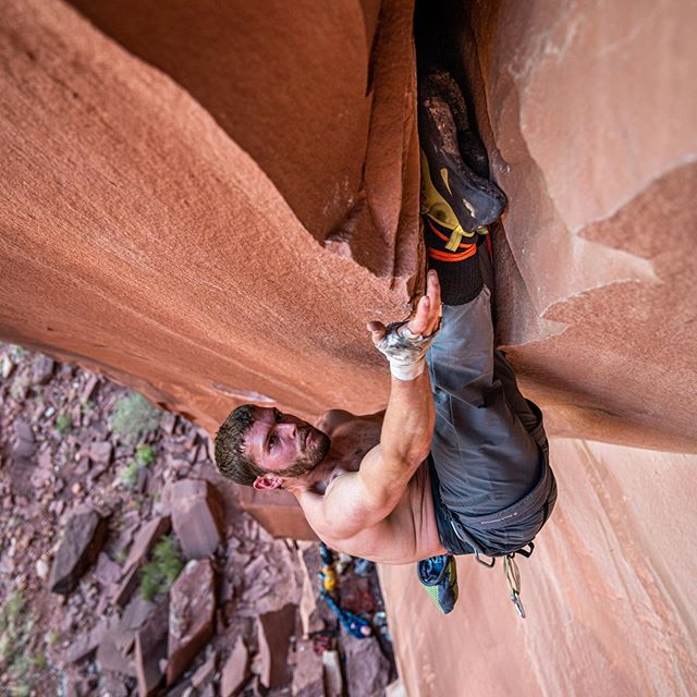 @nan_dix trying hard on #bellyfullofbadberries  For folks who don't know, Belly Full of Bad Barries is a big offwidth crack that goes up the underside of a forming arch at the Critic's Choice wall in Indian Creek, Utah.  Here, you can see Dan climbing up through the top of the invert section. He establishes his feet in the crack, shuffles up his hands, and then bumps up his feet. It's a hugely grueling climb that goes at 5.13a  Took these photos on my most recent trip to the desert. I'll be away for awhile—headed to France!—but as soon as I'm back in the USA I'll be down in the White Rim and Indian Creek for desert season. Hopefully, I'll be down there to see Dan get the redpoint.