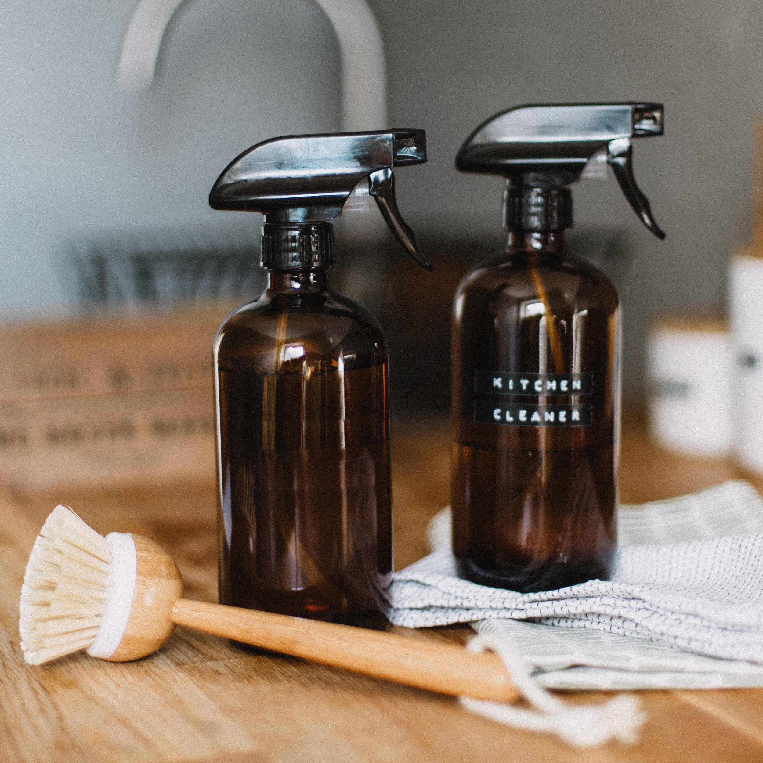 KITCHEN - We have a variety of products to support making your everyday kitchen tasks as green as possible, including: eco cleaners, dish soaps, compostable storage and garbage bags and more.
