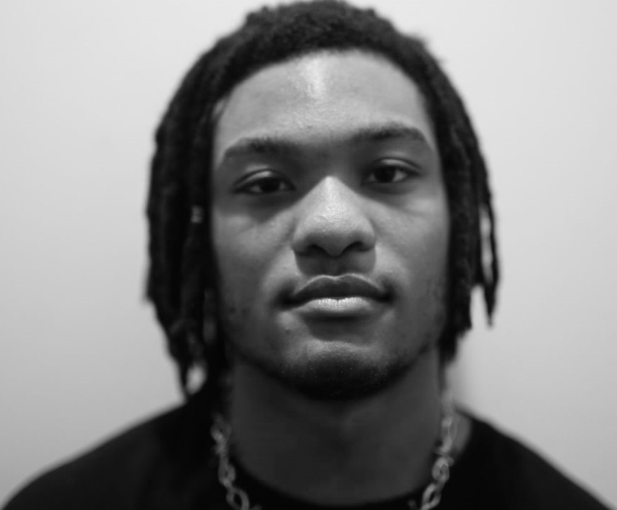 Damani-headshot_2.jpg