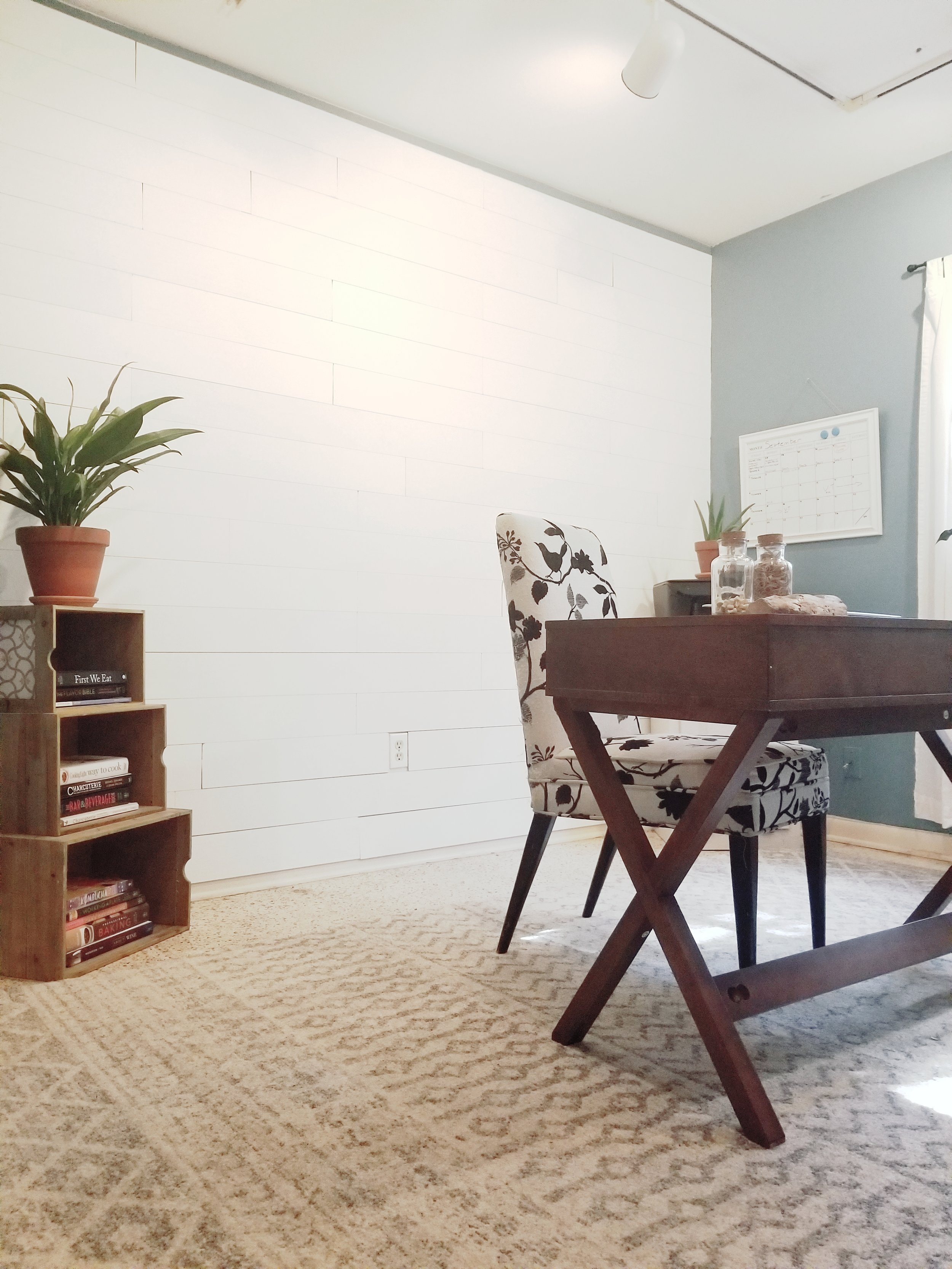Final office with wallplanks- shiplap walls diy peel and stick walls
