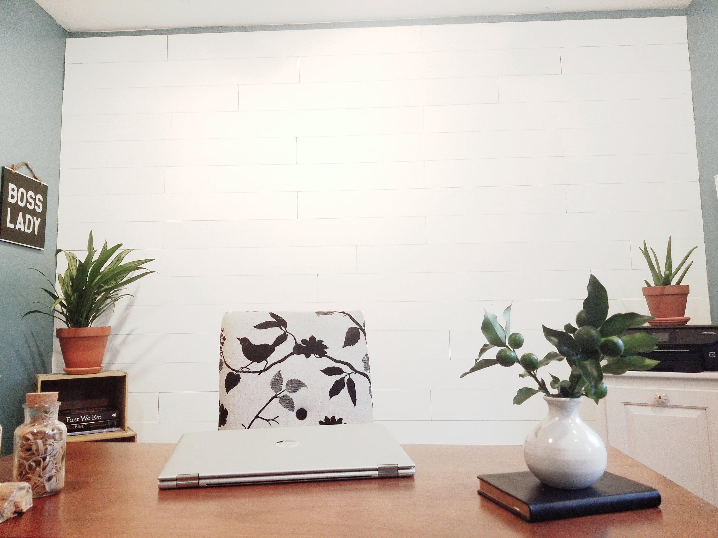 peel and stick shiplap white walls- wallplanks