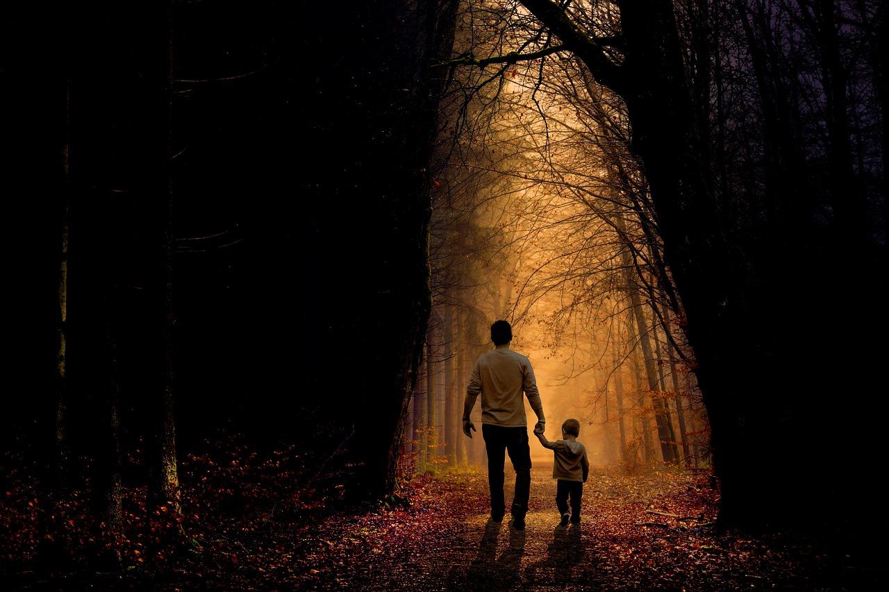 father-2770301_1280.jpg