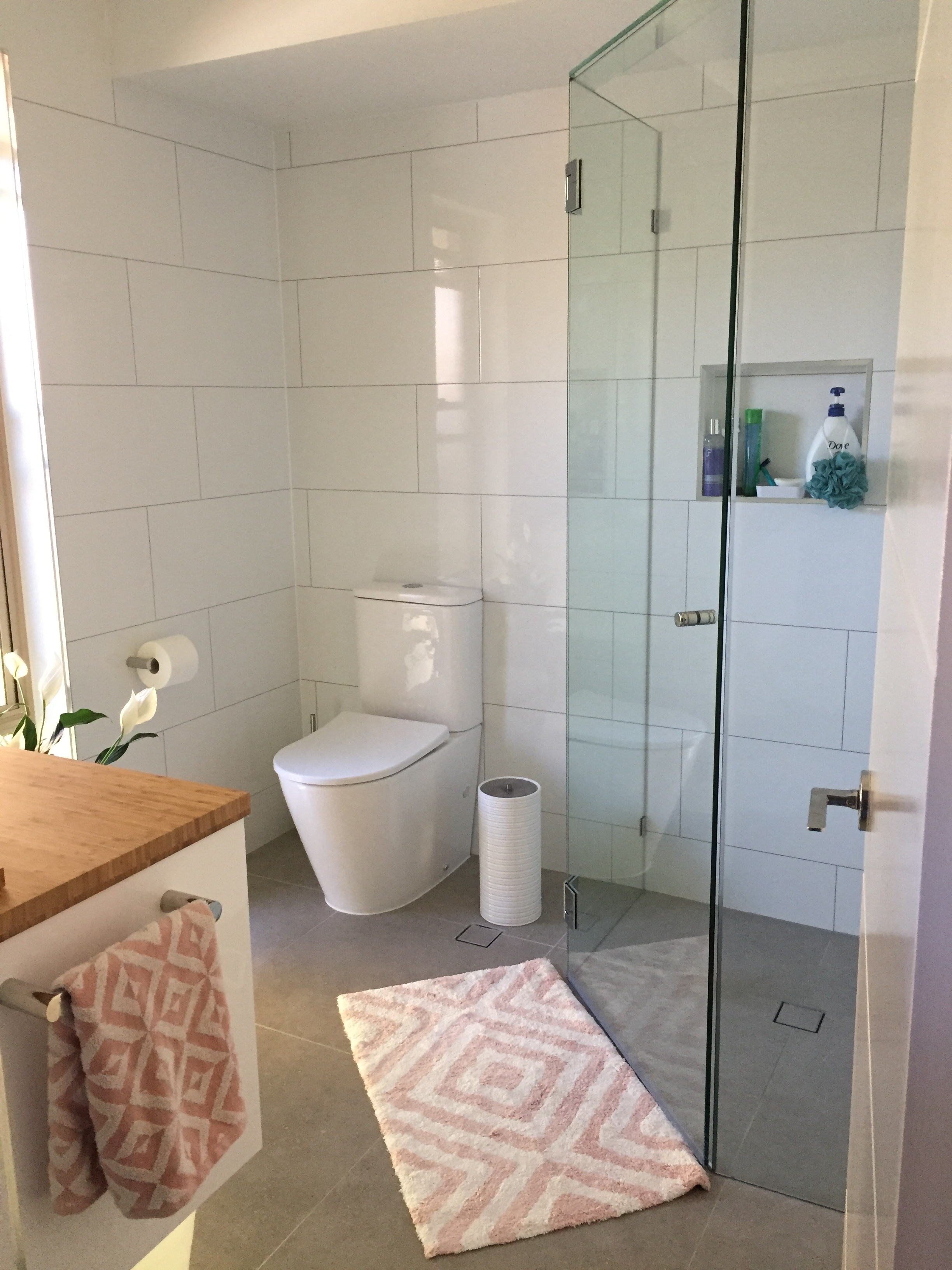 EN-SUITE RENOVATION RUNCORN -